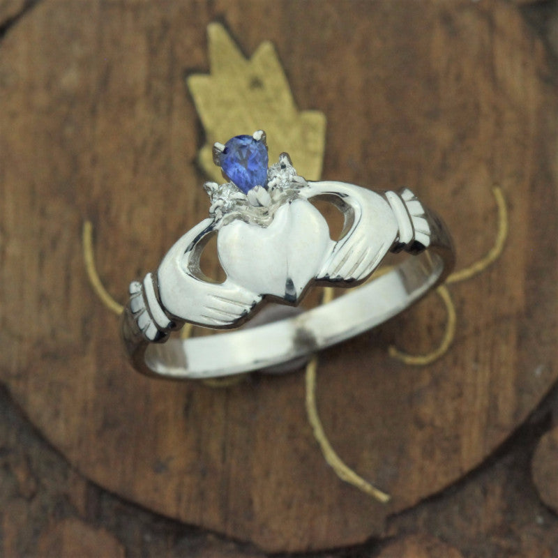 claddagh ring, sapphire diamond crown