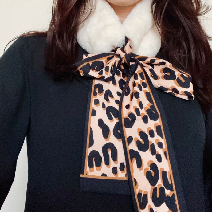 Faux-Fur Collar Scarf