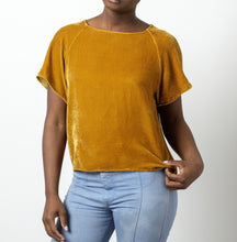 Load image into Gallery viewer, Silk Velvet Raglan Tee-Old Gold XS/S