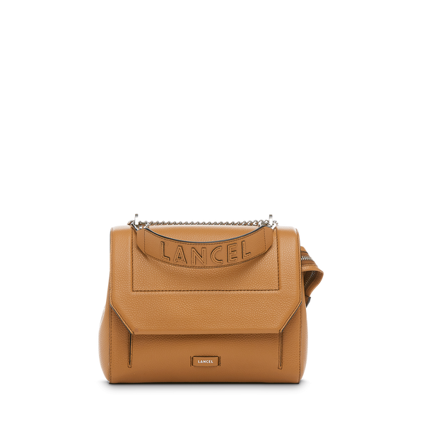 Flap Bag M - Camel