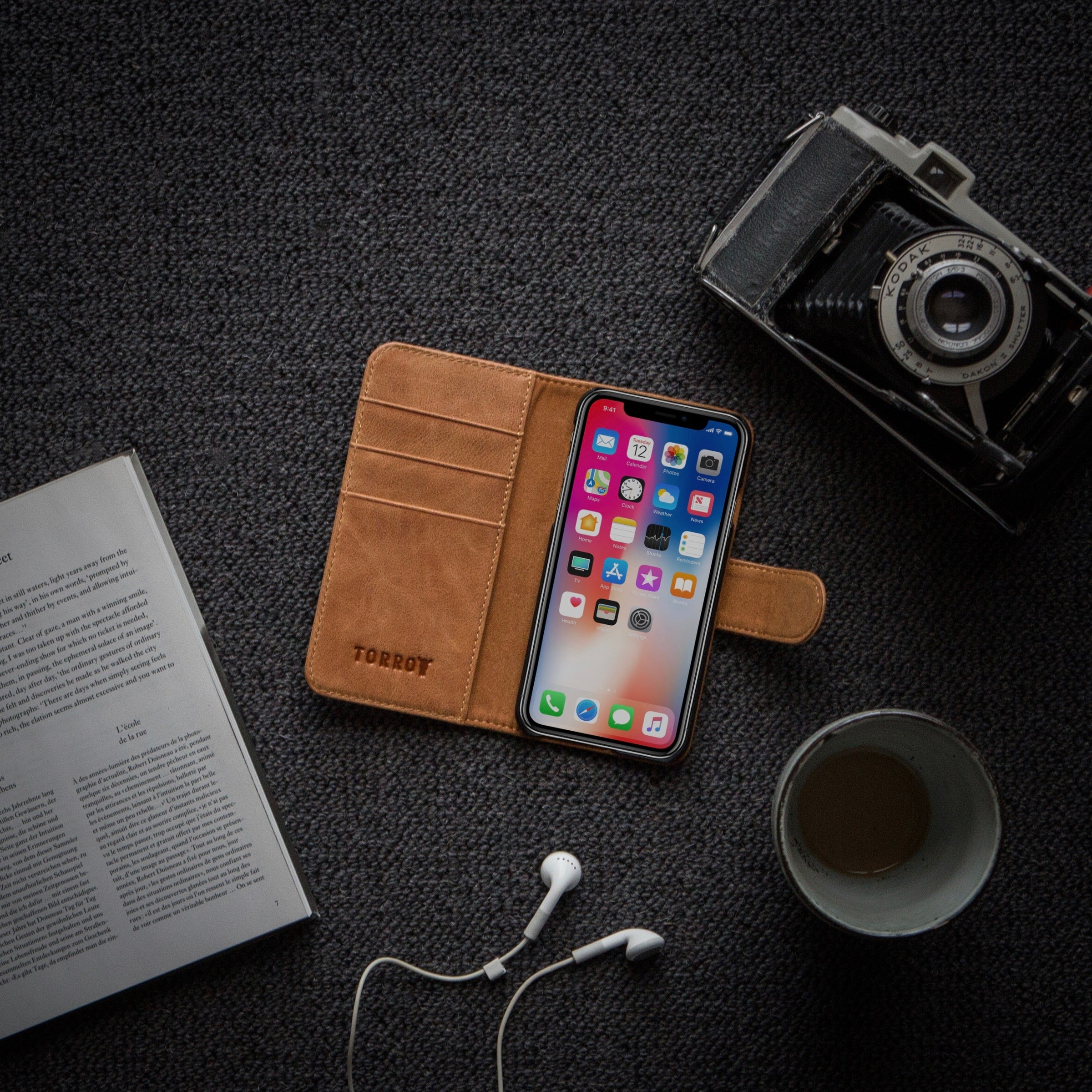 low priced 12404 d7523 Details about iPhone XS | iPhone X Wallet Case. 100% Genuine Leather, in  Black & Tan by TORRO
