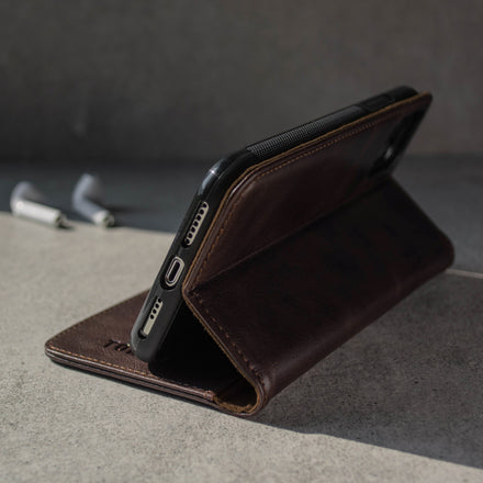 iPhone 11 Pro Max Leather Case - Dark Brown 4