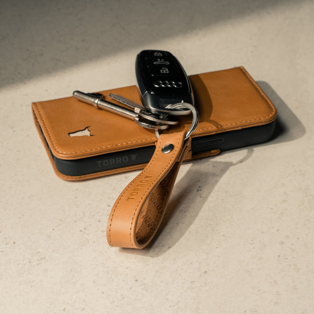 Tan Leather Keyring with matching TORRO phone case