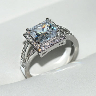 Luxury Oval Ring