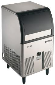 Scotsman Ice Machines Self Contained Super Cuber 32Kg Machine