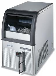 Scotsman Ice Machines Self Contained Super Cuber 25Kg Machine