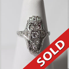 18KT White Gold Antique Ring
