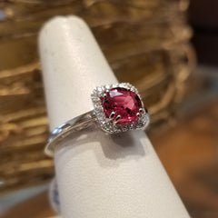 14kt White Gold 1.38 Round Padparadscha Sapphire