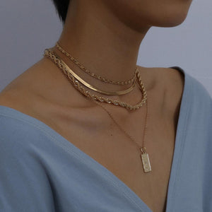 Portrait Necklace - Ever Ethereal