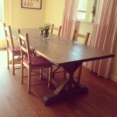 Elegant Farm Table