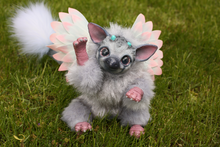 Load image into Gallery viewer, Tricky baby griffin