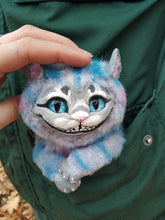 Load image into Gallery viewer, Smiling kitten poseable art toy