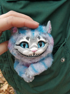 Smiling kitten poseable art toy