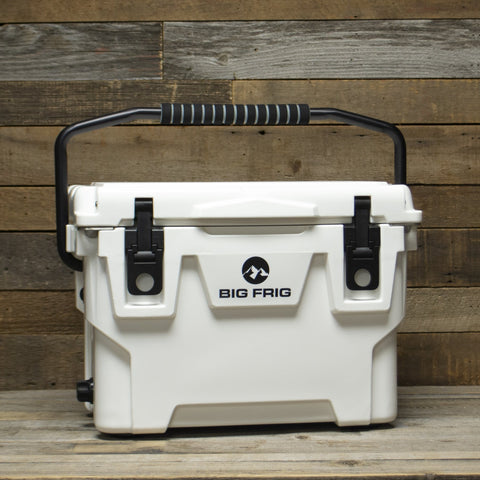20 QT Badlands BIG FRIG Cooler