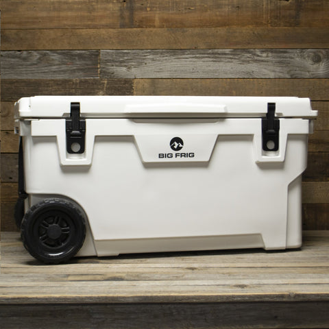 70 QT Badlands BIG FRIG Cooler with wheels