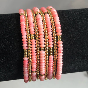 Gorgeous delicate coral stretch bracelet