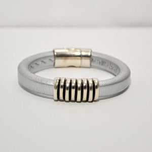 "Silver Greek Regaliz Leather; 1"" Zamak Focal; Silver Magnetic Clasp"