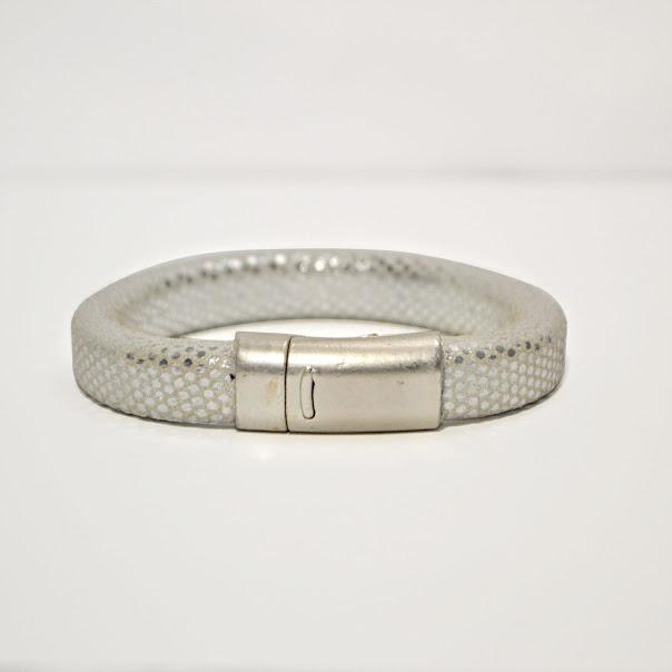 Silver Mirrored Regaliz Leather Cuff Bracelet; Magnetic Clasp