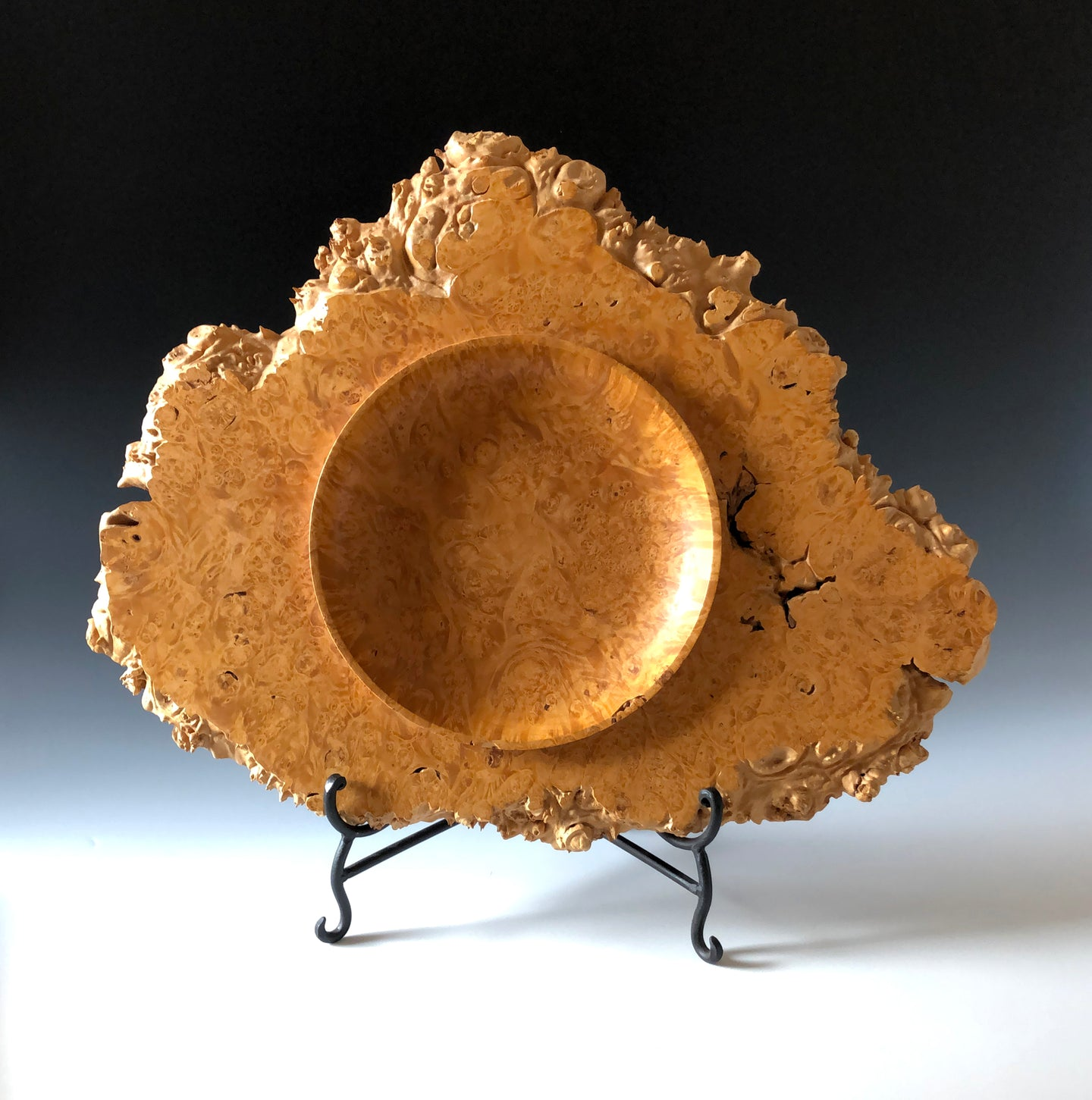 MAPLE BURL PRESENTATION PLATTER