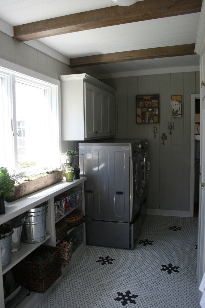 pantry laundry area