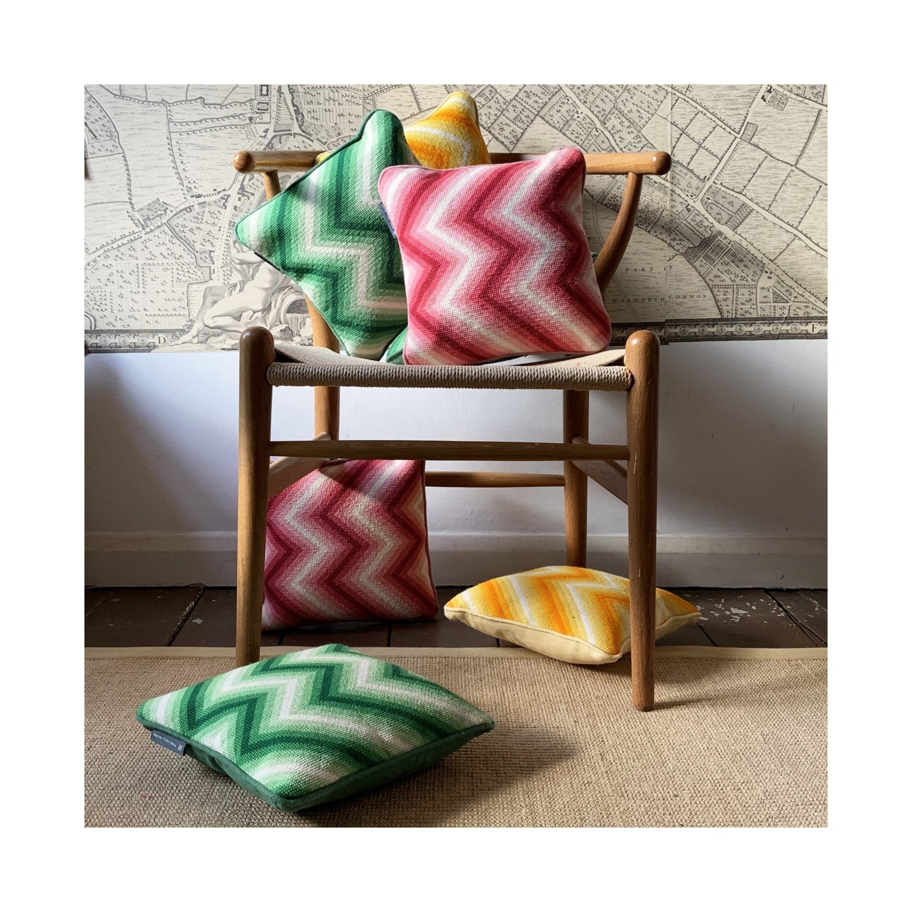 Zig-Zag Cushion - Green