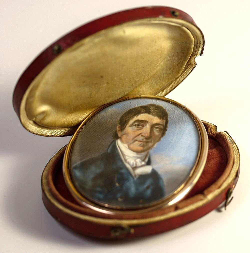 Antique Georgian Portrait Miniature in Oyster Locket Frame and Leather Case, Etui - a Gentleman, Man in Blue Top Coat