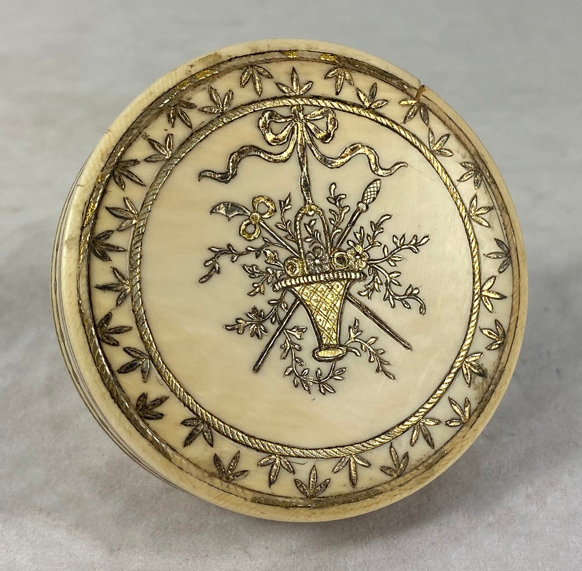 Antique c.1750-80s French Snuff Box, Gold and Silver Pique Basket, Florals and Bow