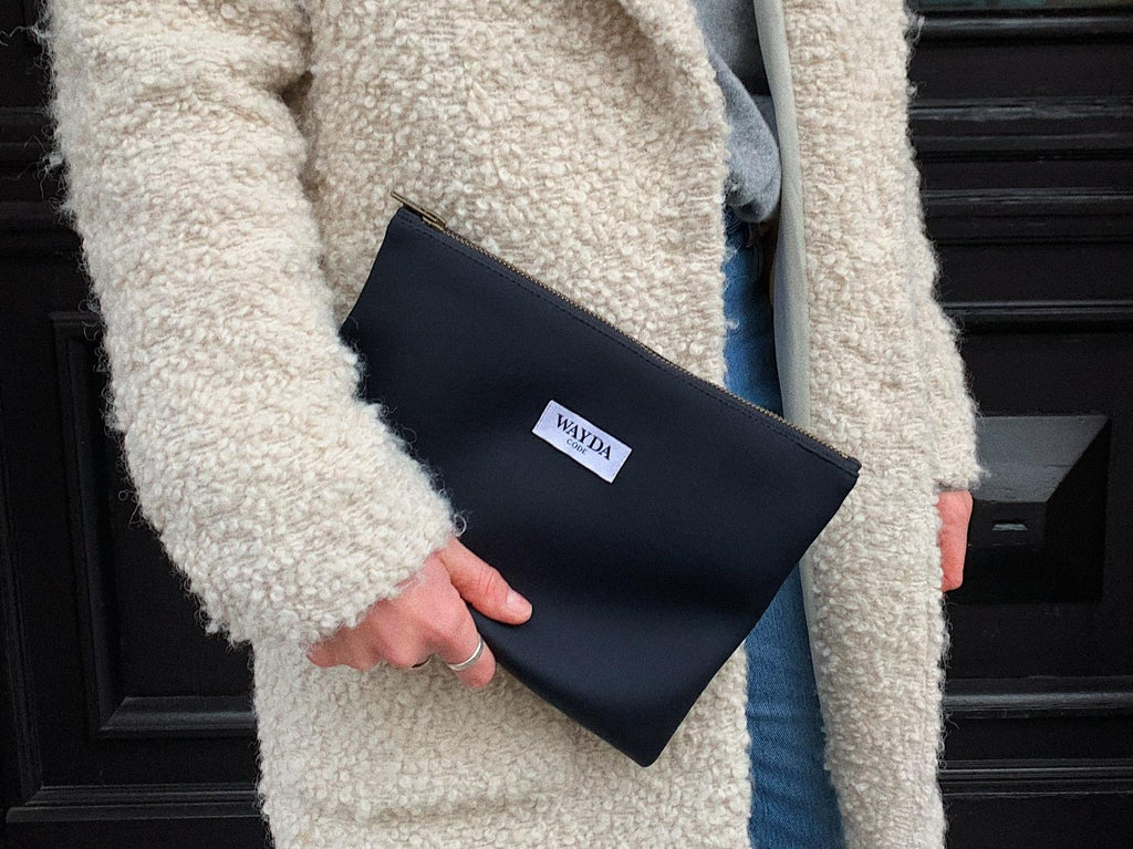 WAYDA Clutch Bag in Bag