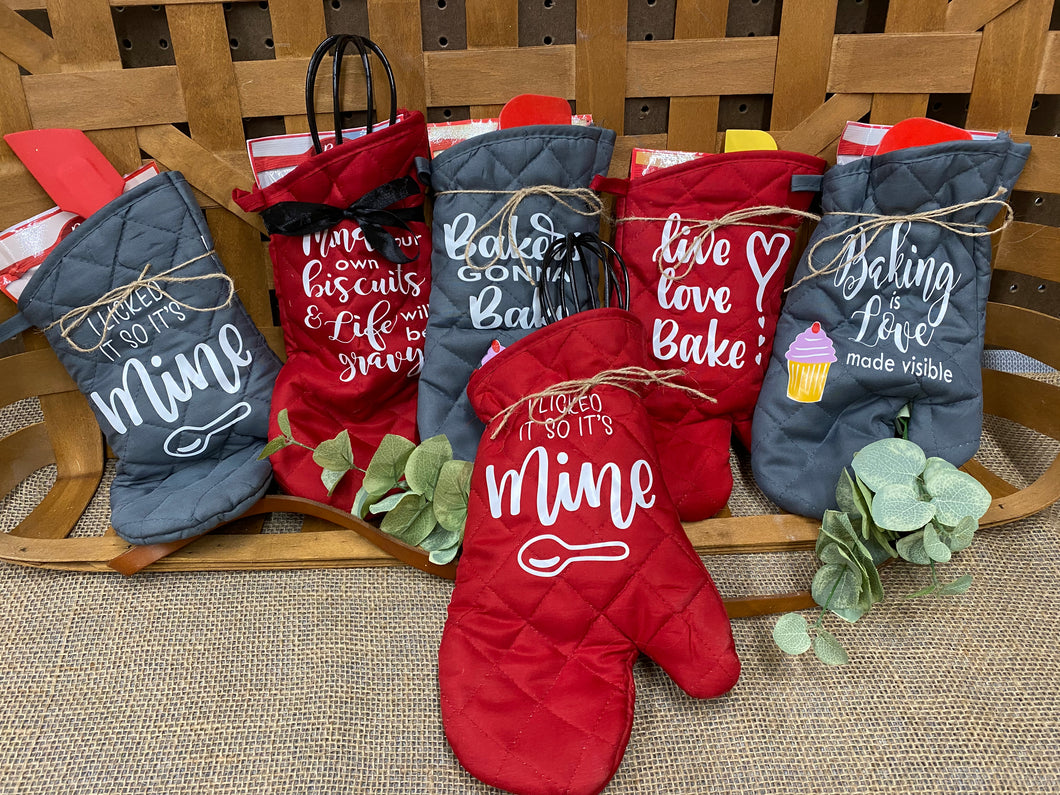 Personalized Oven Mitt Baking Kit