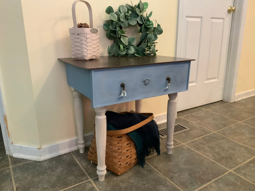 Repurposed Drawer Table