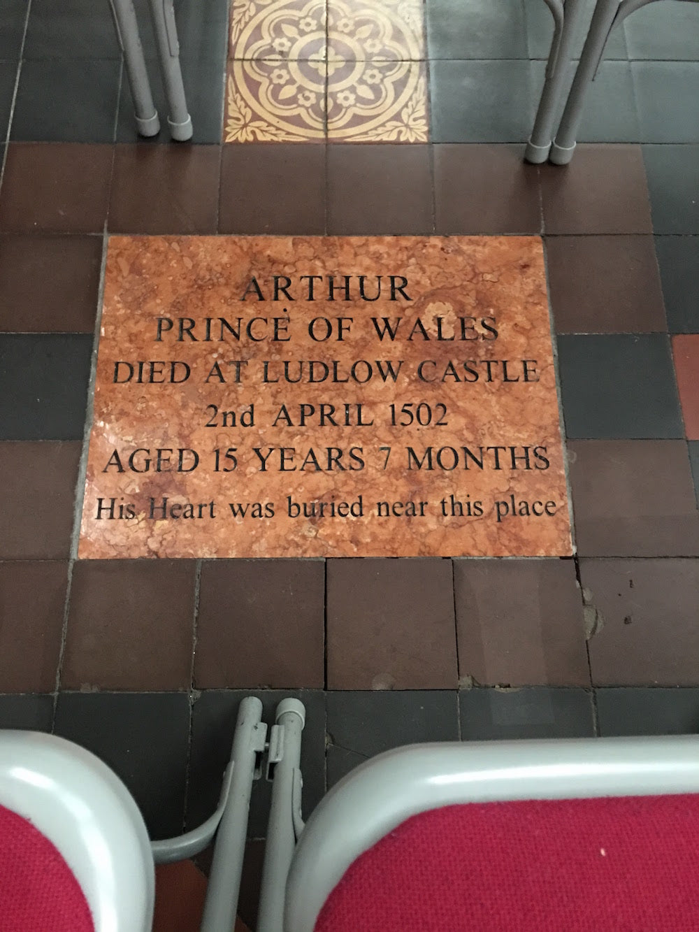 Things to do on a Sunday Morning in Ludlow - Arthur Prince of Wales buried here