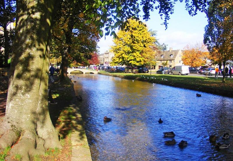 Try the Bourton on the Water Trail for a Valentine's Day Detective Date