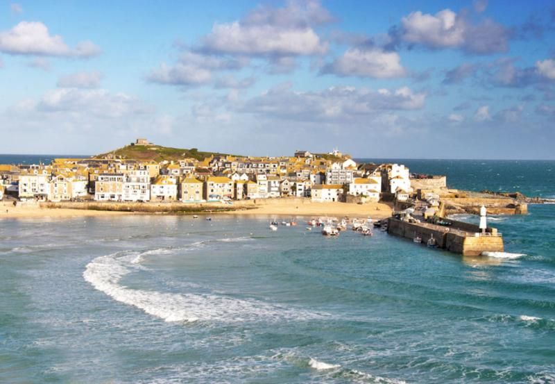 Try the St Ives Trail for a Valentine's Day Detective Date