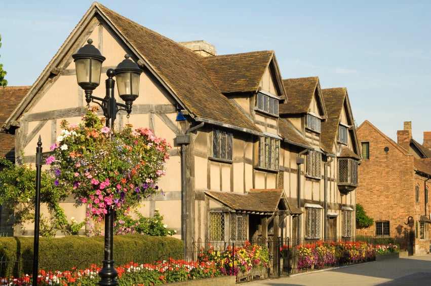 Try the Stratford-upon-Avon Trail for a Valentine's Day Detective Date