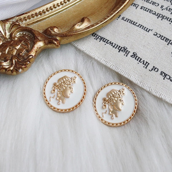 Elegant Pearlescent Earrings - AVstuff