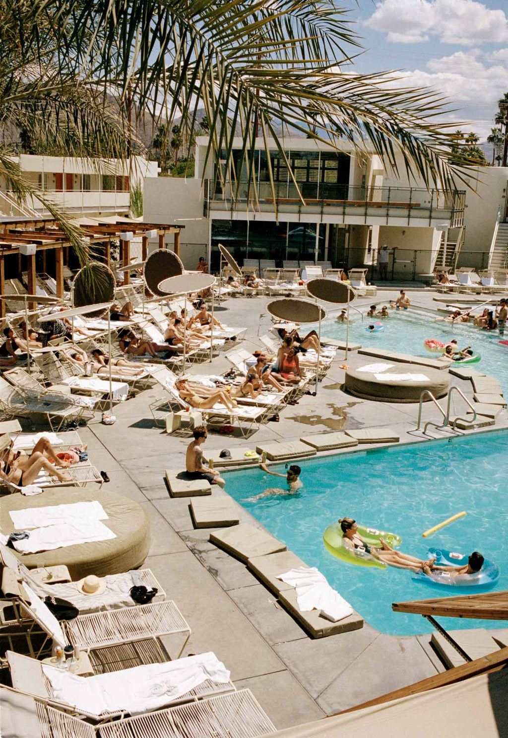 PALM SPRINGS POOL
