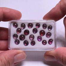 Load image into Gallery viewer, Spinel Cabochon Universe Box