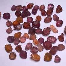 Load image into Gallery viewer, Tunduru Garnet Mix