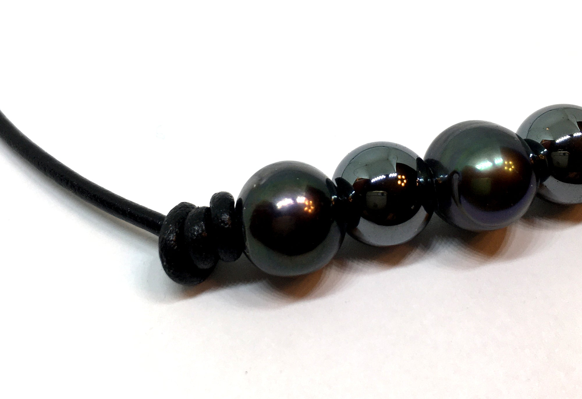 Black Peacock Pearl and Hematite Adjustable Knotted Leather Necklace for Men and Women