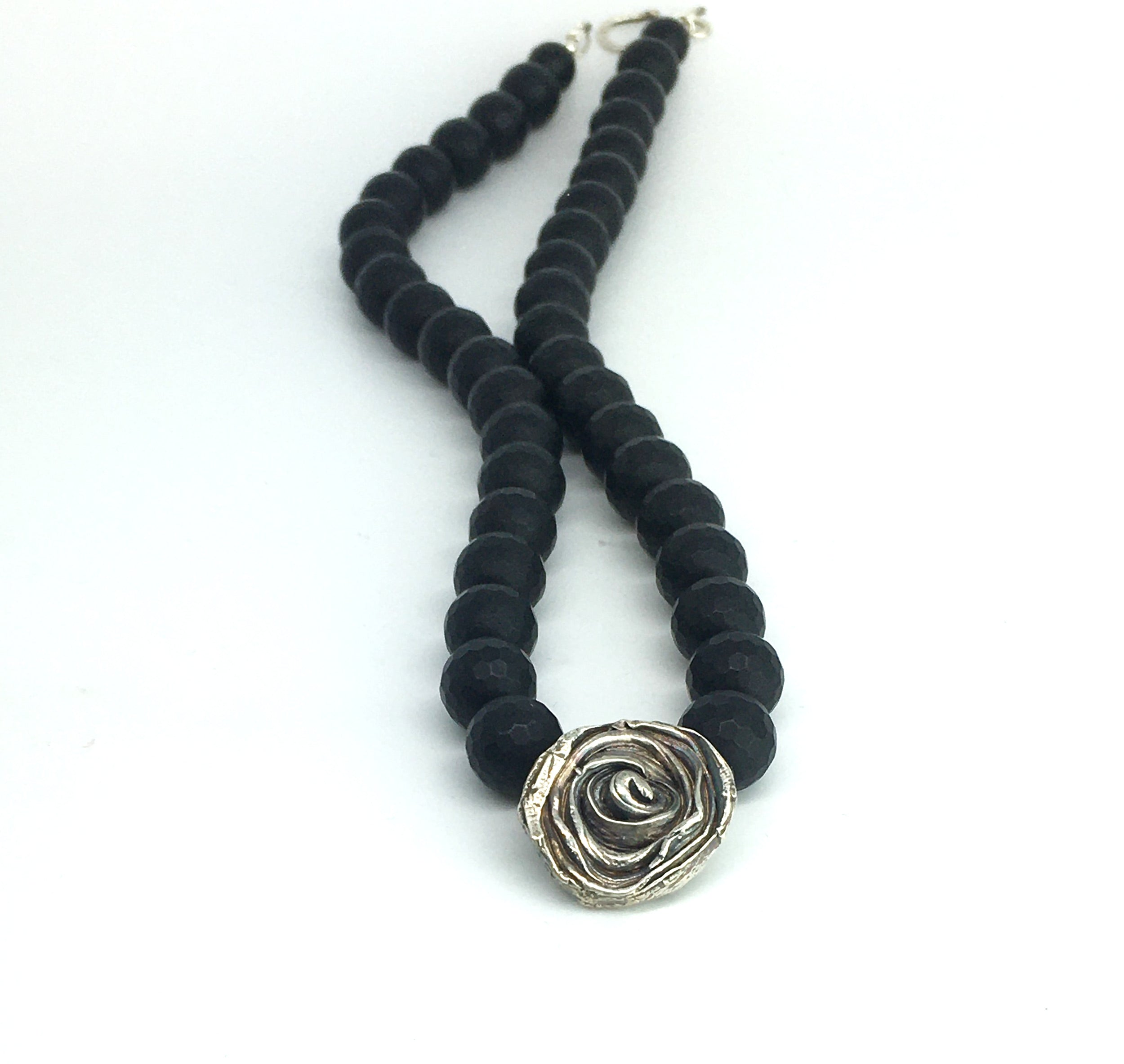 sterling silver mitsuro hikime rose with honeycomb faceted black onyx