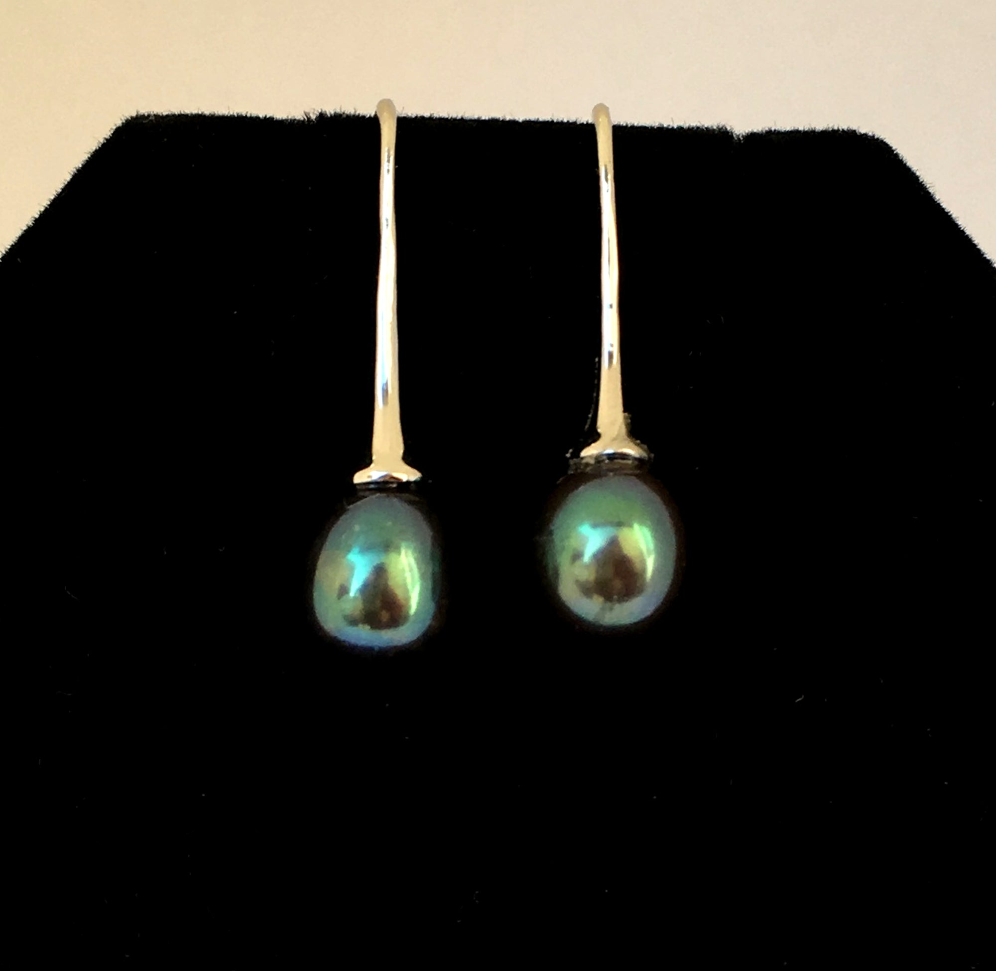 Freshwater Peacock Single Pearl Drop Earrings in Sterling Silver