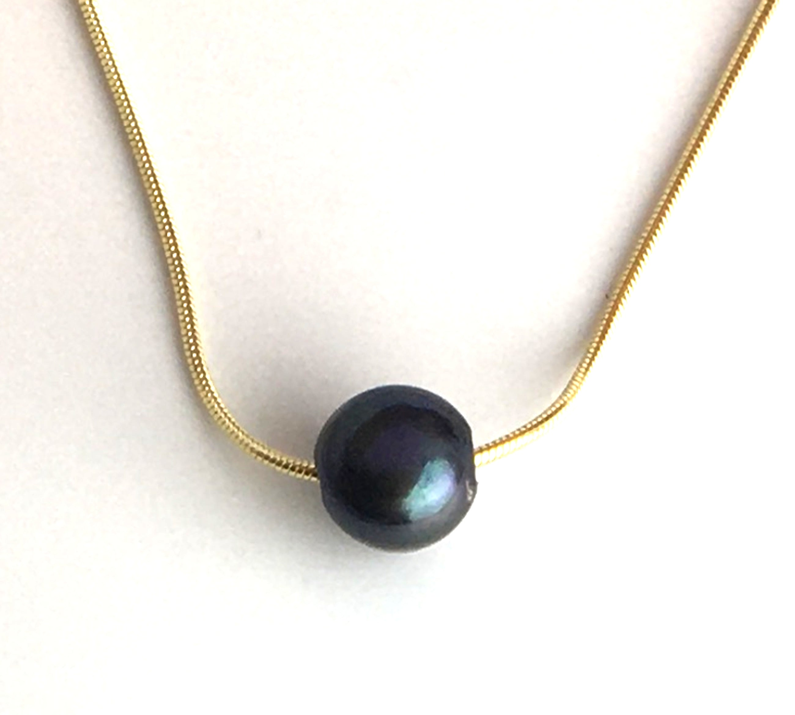 Single Black Pearl on A Gold Plated Sterling Silver Chain