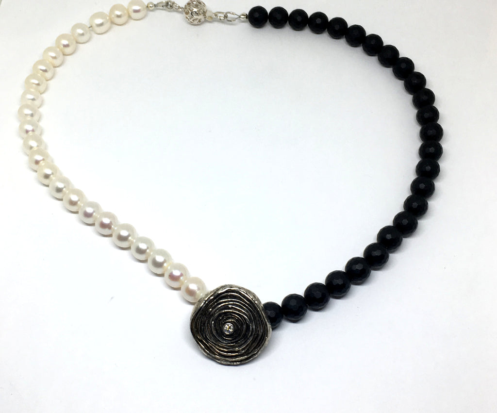 Onyx and Freshwater White pearl necklace with mitsuro hikime diamond pendant