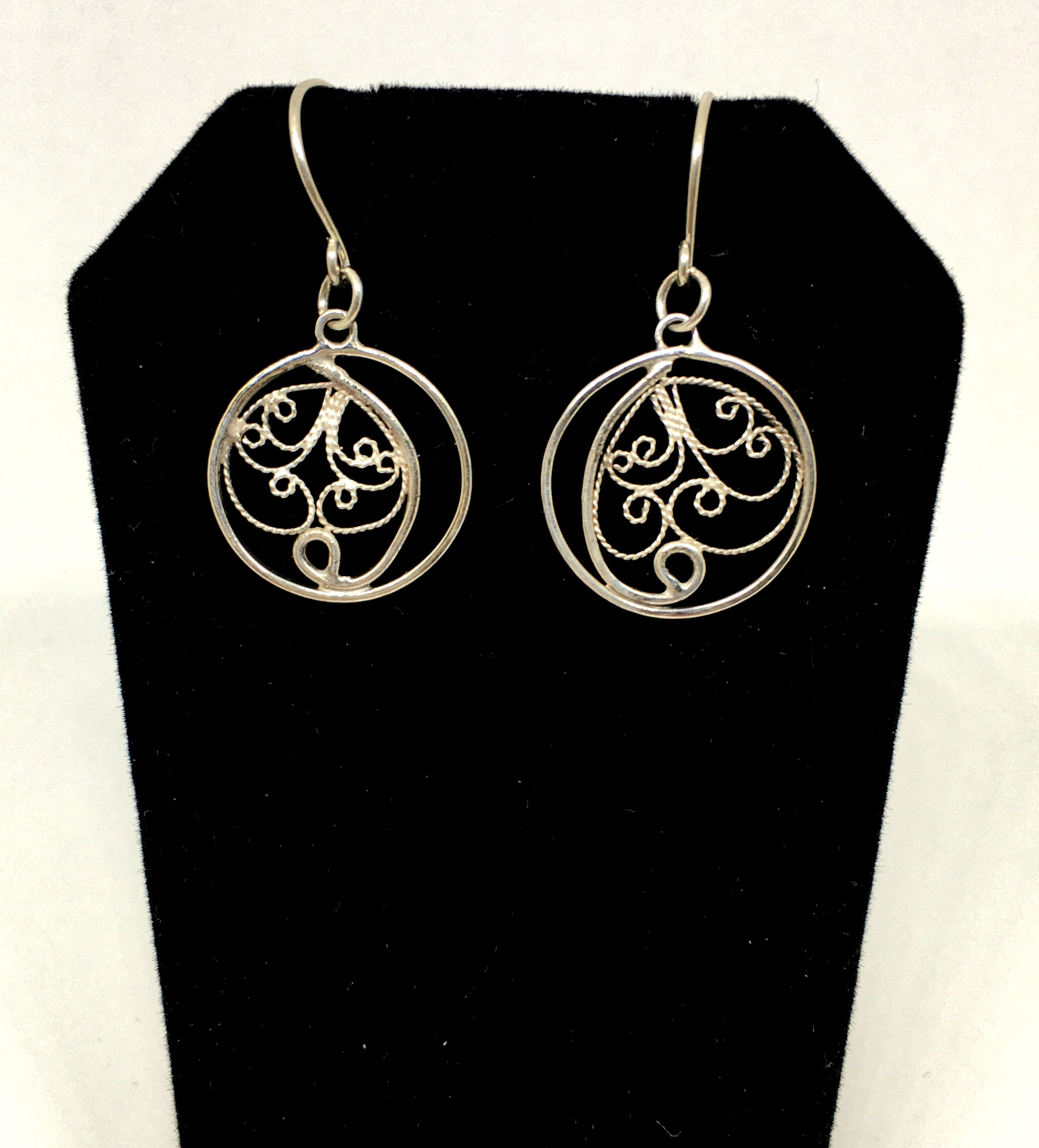 Handmade Round Dangle Filigree Earrings