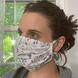 White floral pleated face mask