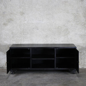 Sargent & Freeman - Safe Entertainment Unit