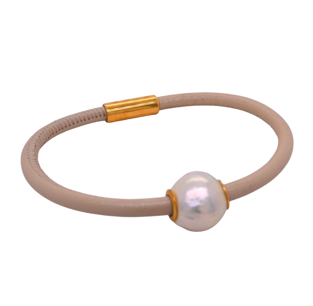 Freshwater Pearl Leather Magnetic Bracelet