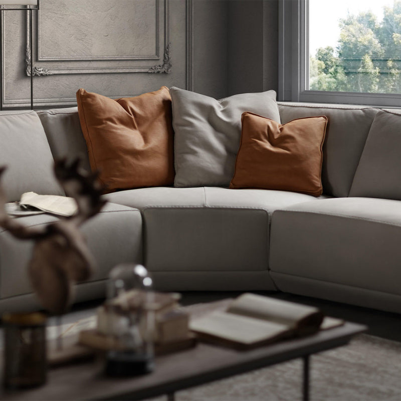 Artu' Sectional