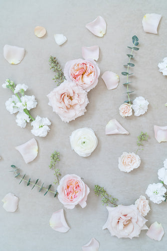 Blush and Cream: Styling Blooms / Cake Florals
