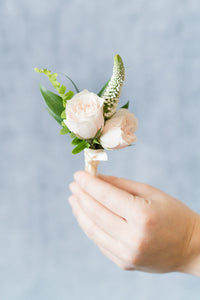Blush and Cream: Boutonniere